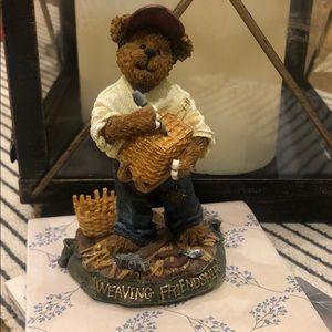 Longaberger  Boyd's Bear Kenny B Weaver figurine